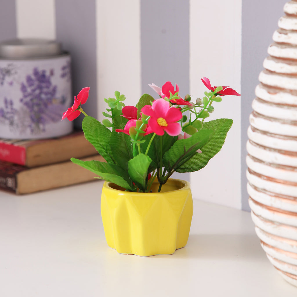Cute Yellow Flower Pot