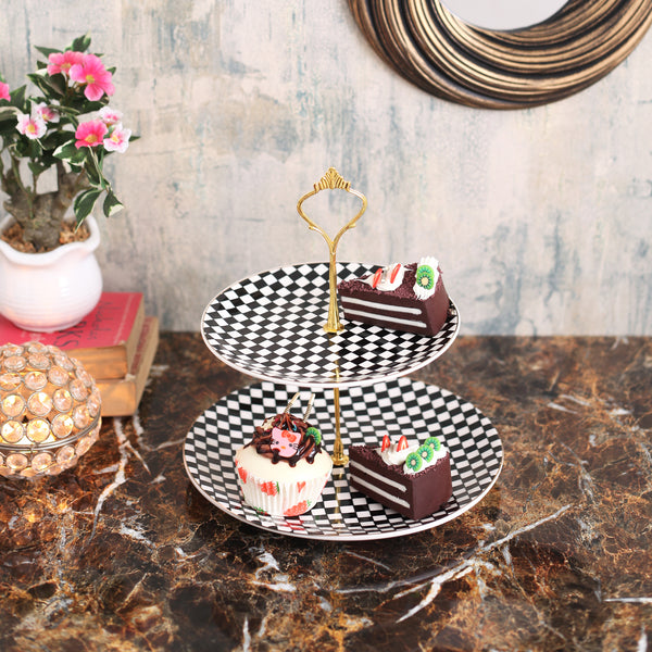 Classic Checkered 2-Tier Cake Stand
