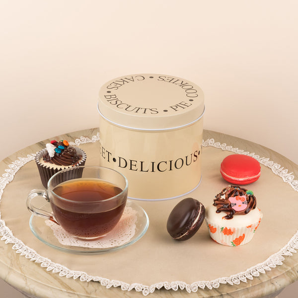 Fancy Dessert Round Storage Box