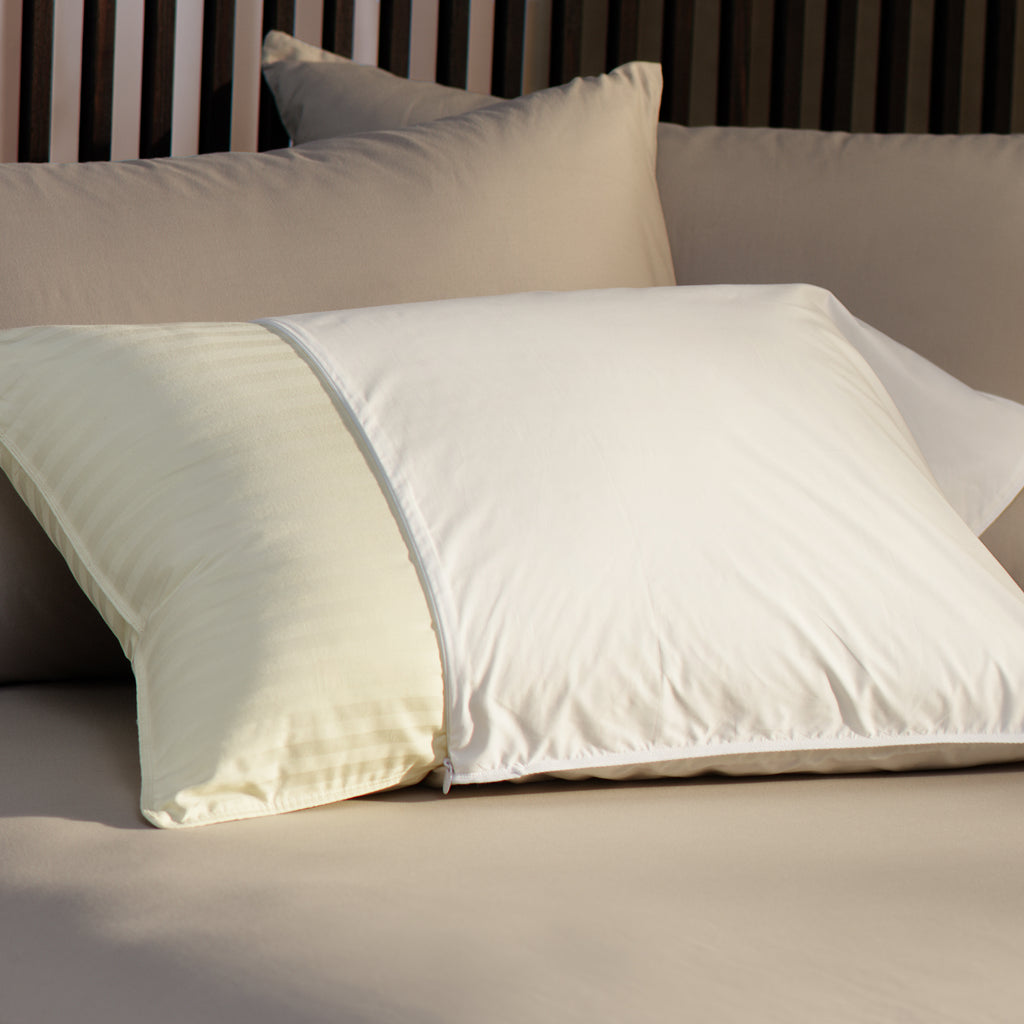 Pacific Coast®AllerRest® Pillow ProtectorB2B website #9102