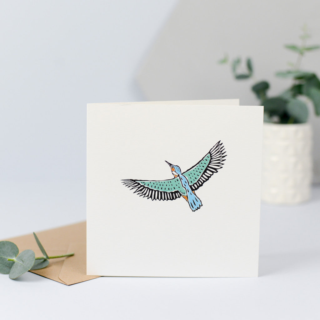 A beautiful kingfisher card, perfect for any occasion.