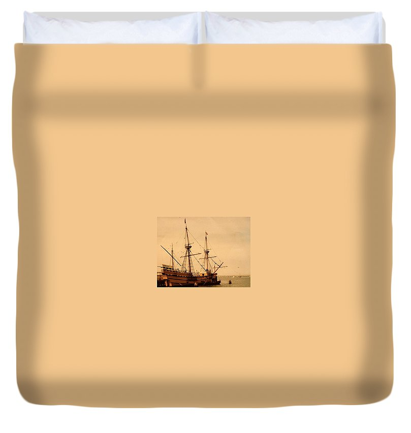 A Small Old Clipper Ship - Duvet Cover