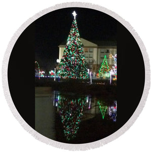 Christmas Tree Reflection - Round Beach Towel