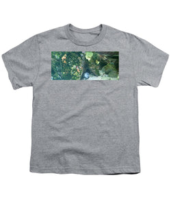 Eel Waiting To Snatch Something For Lunch - Youth T-Shirt
