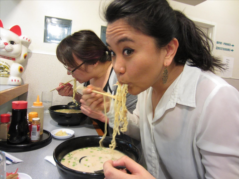 Japanese Etiquette for Eating Noodles