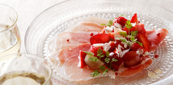 Ham Carpaccio with Marinated Strawberries and Grapes