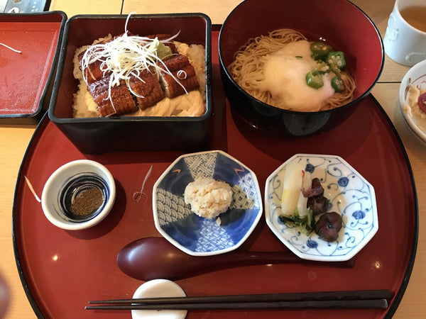 From March until July, you will see unagi (ウナギ) or freshwater eel in the supermarket and at the restaurants. Unadon (鰻丼) is a popular dish in which the eel is cooked with tare—a sweet soy sauce—and served on top of steamed white rice.