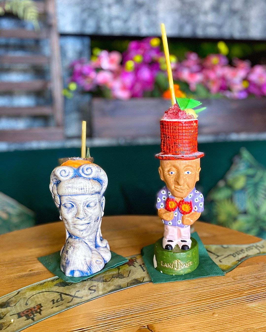 Image of two cocktails at Laki Kane in Islington