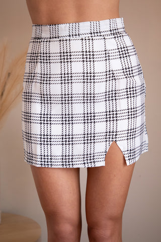 LAY LOW SKIRT - WHITE/BLACK