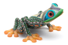 Load image into Gallery viewer, FIMO Tree Frogs