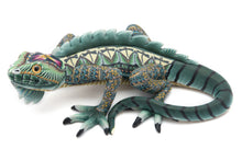 Load image into Gallery viewer, FIMO Iguana