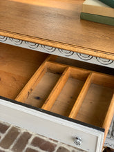 Load image into Gallery viewer, Jacobean Sideboard Buffet