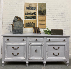 9 drawer Grey Dresser