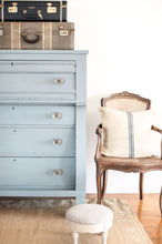 Load image into Gallery viewer, Bergere Milk Paint