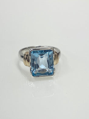 Sterling Silver & 9ct Y/G Blue Topaz Ring