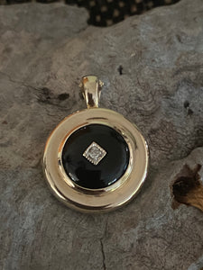 9ct Gold Onyx & Diamond Enhancer Pendant