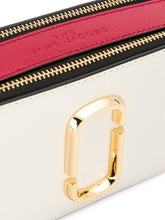 Load image into Gallery viewer, MARC JACOBS The small Snapshot camera bag