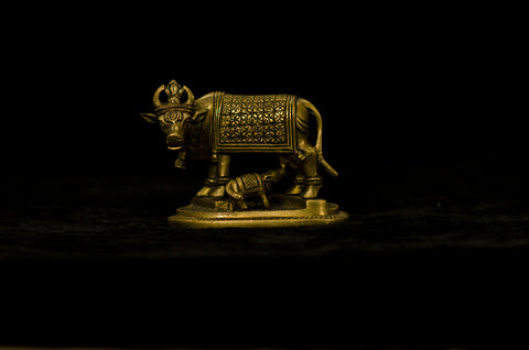ANTIQUE - BLACK BRASS - MOTHER COW FEEDING HER BABY CALF - BIG