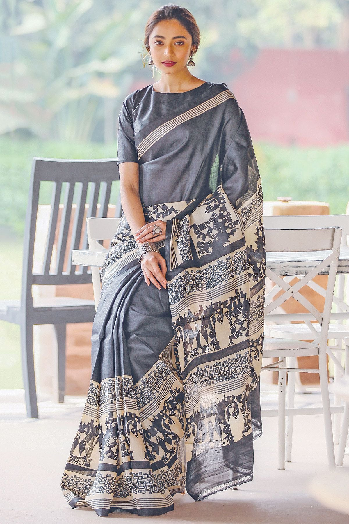 Radiant Dark Gray Color Linen Digital Printed Saree MS-1125