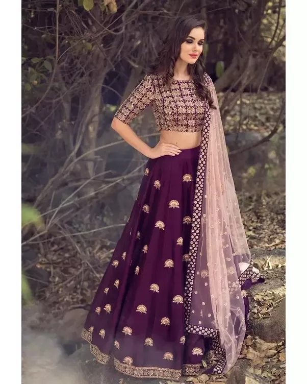 EXCLUSIVE WEDDING WEAR LEHENGA CHOLI - JN-008