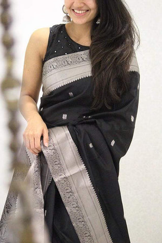 Black Color Soft Silk Designer Saree UK5086