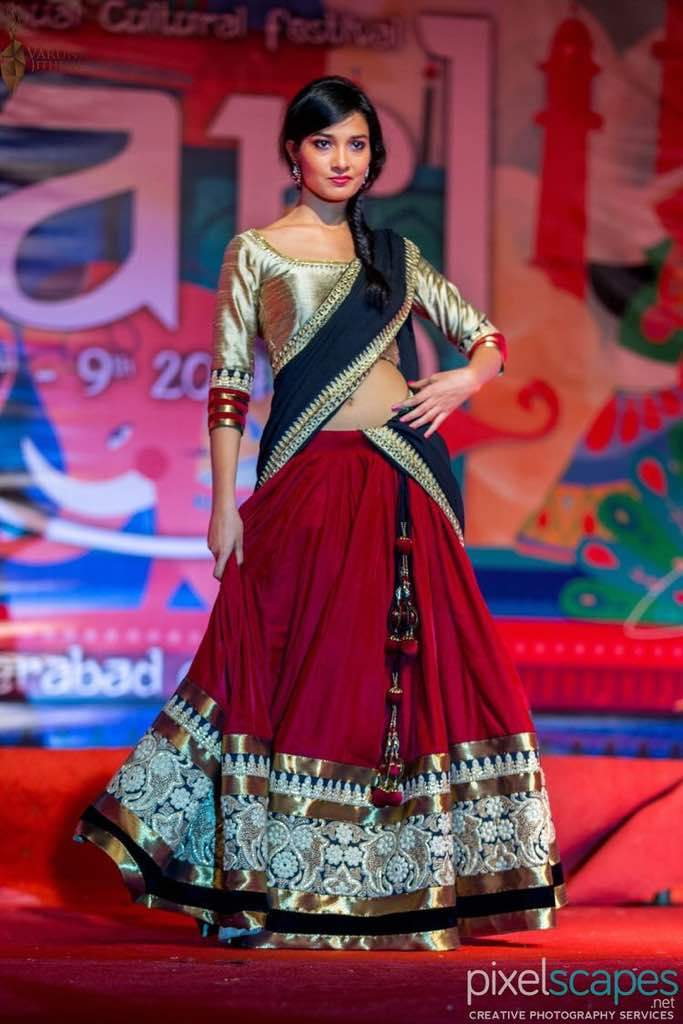 New Look Party Wear Tapeta Silk Lehenga Choli