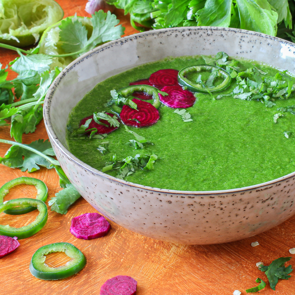 Detoxifying raw spinach soup