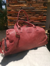 Load image into Gallery viewer, Extra Large Travelbag - Cherry Red