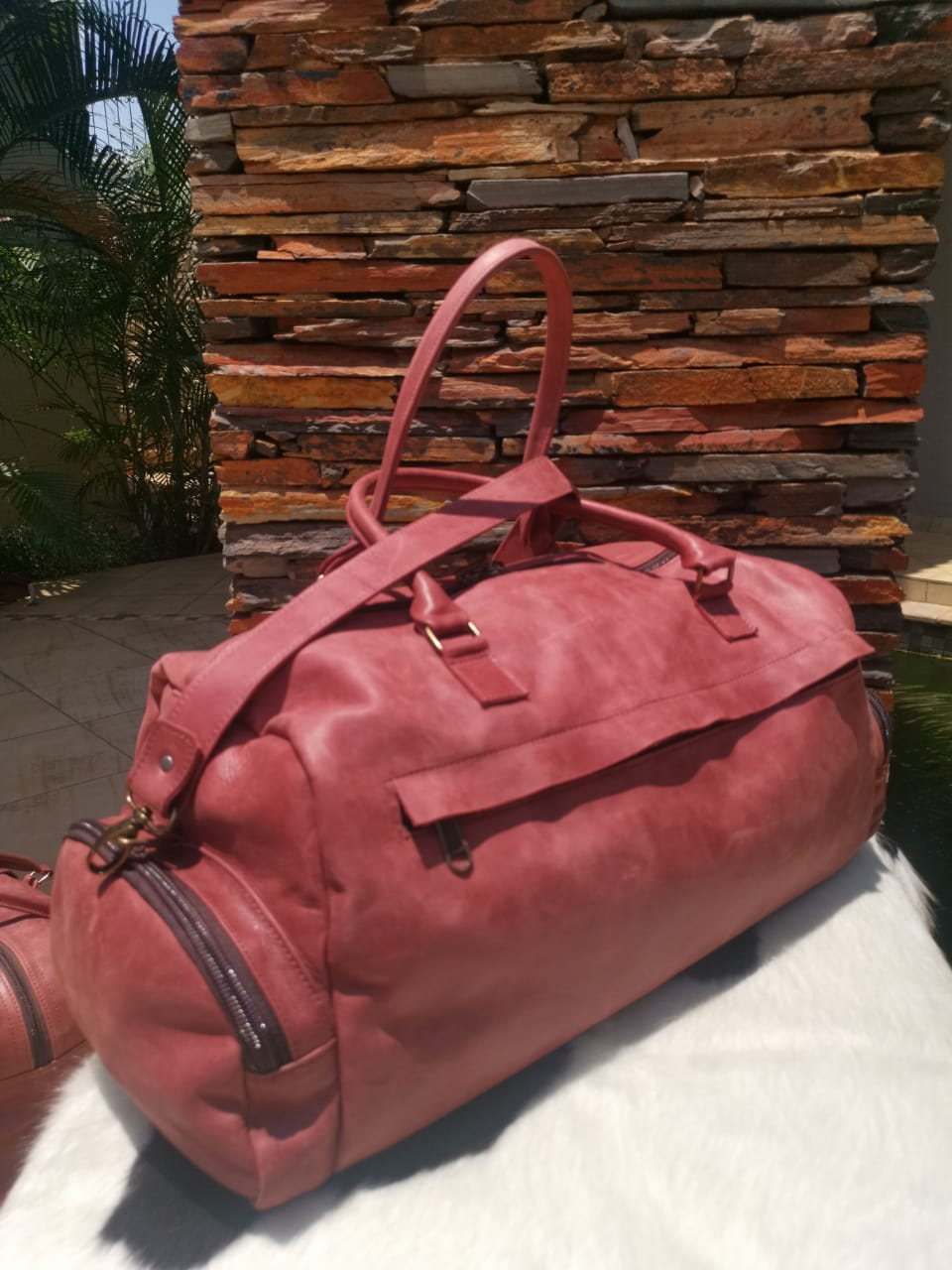 Extra Large Travelbag - Cherry Red