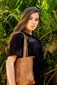 Casablanca Handbag - Matt Toffee