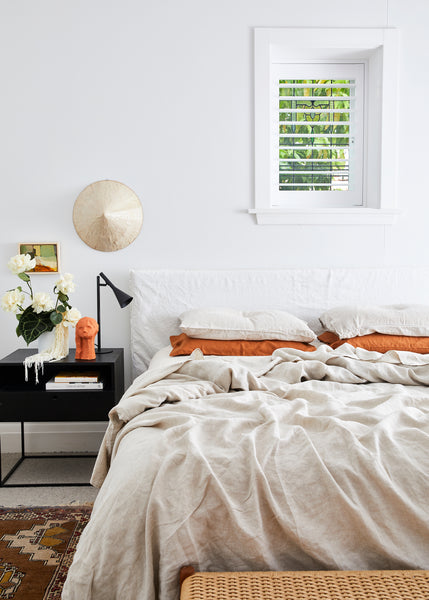 How to Detox Your Bedroom (And No, It's Not Just a Matter of Using Organic Cleaning Products)