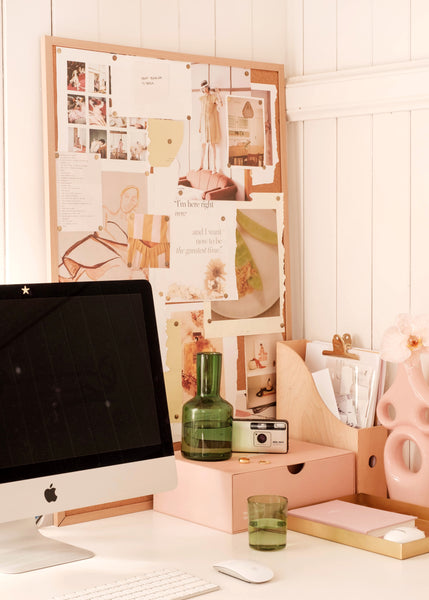 How to Set Up a Pain-Free Home Office, According to a Physiotherapist