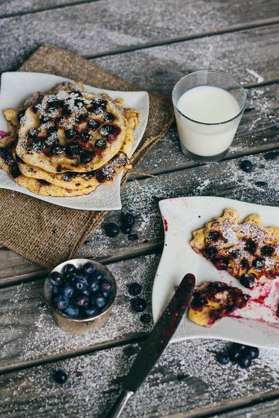 Breakfast in Bed Threads: The Ultimate Blueberry Lemon Pancakes