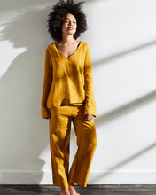 Load image into Gallery viewer, 100% French Flax Linen Top in Turmeric