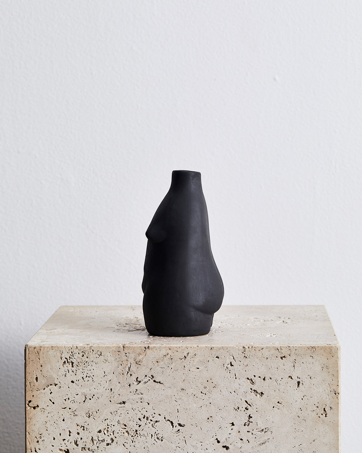 Rachel Saunders Woman Vase in Matte Black