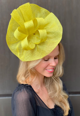 Tia Big Lime Derby Fascinator
