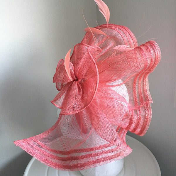 Ava Pink Fascinator, Kentucky Oaks Hat, Pink Kentucky Derby Hat, Spring Racing Fascinator, Royal Wedding Hat, Tea-Party Hat, Pink Racewear