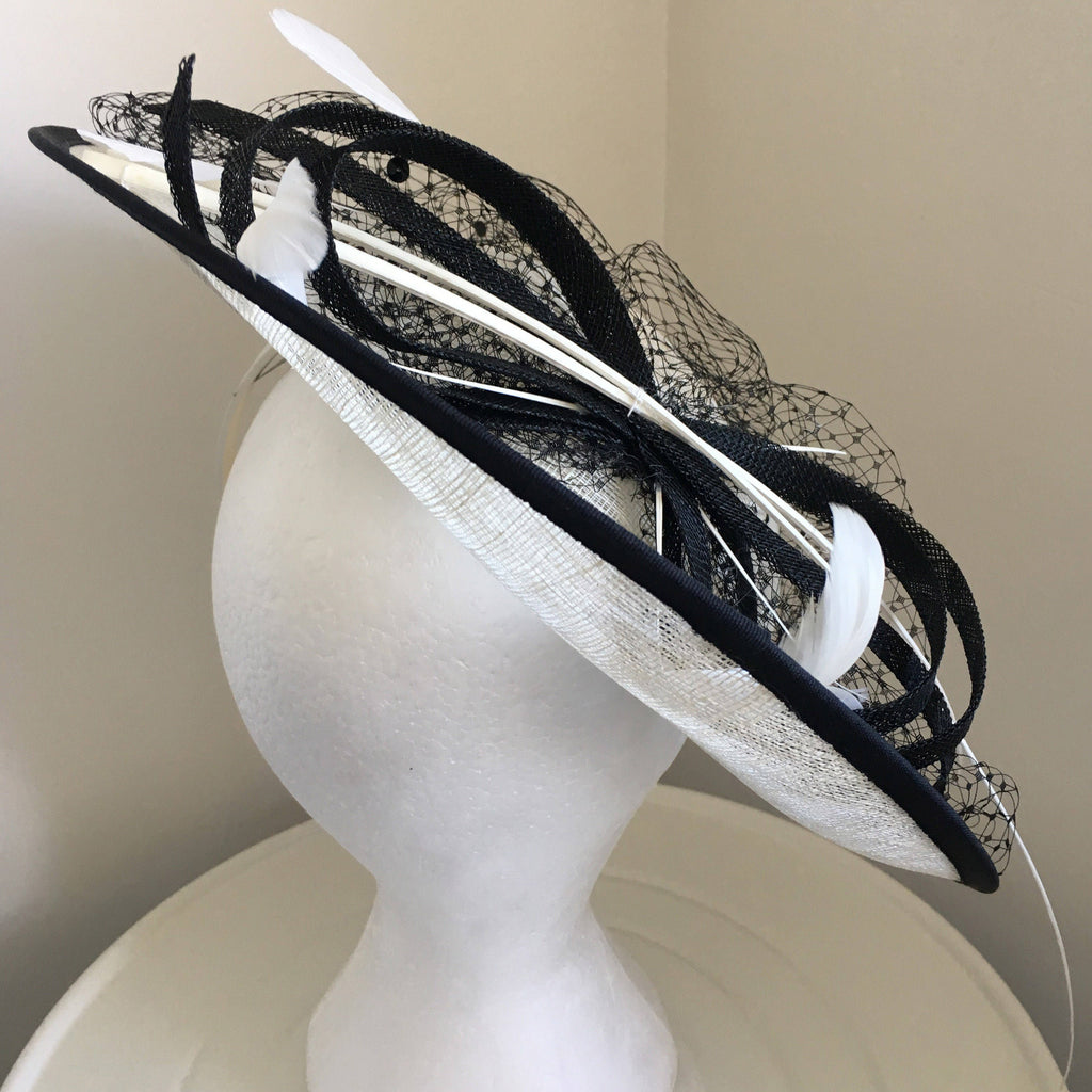 64e9ab6444a99 ... Lydia Black & Cream White Fascinator, Kentucky Derby Hat, Saucer-Style  Hat, ...