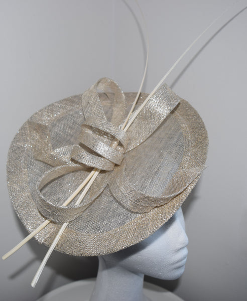 Lulu Light Gray/ Silver Fascinator, Kentucky Derby Hat, Ladies Royal Wedding Fascinator, Fancy Oaks Hat with Headband, Spring Derby Fashion