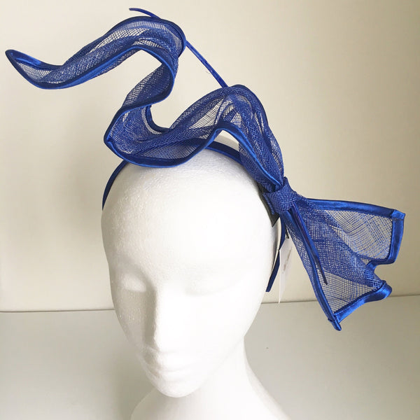 Zipora Blue Derby Fascinator, Kentucky Derby Headband, Derby Hats for Women, Spring Racing Fashion, Ladies Tea-Party Fascinators