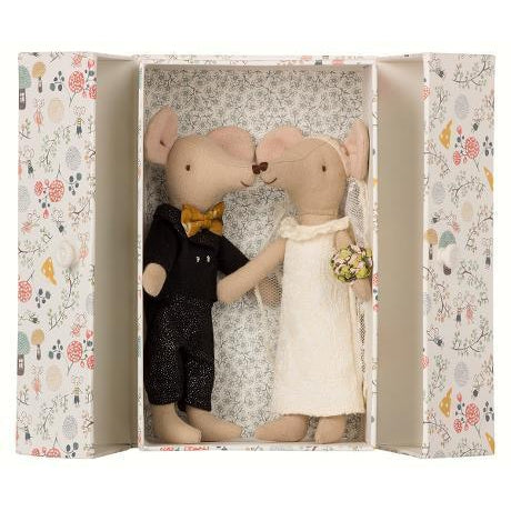 Wedding Mice Couple