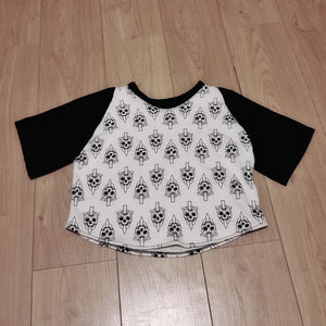 Skull sweat crop