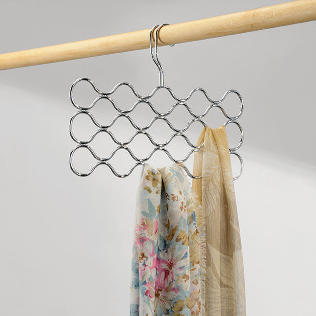 Classico 23 Loop Wave Scarf Holder