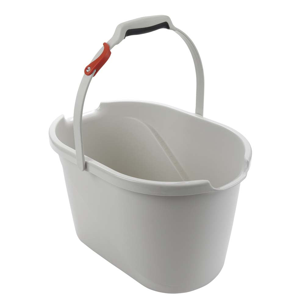 Angled Measuring Bucket