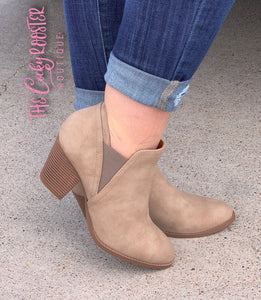 Leah closed toe booties (Taupe)