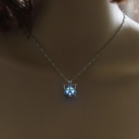 Glow in the Dark Butterfly Necklace - Superdeals-Cart