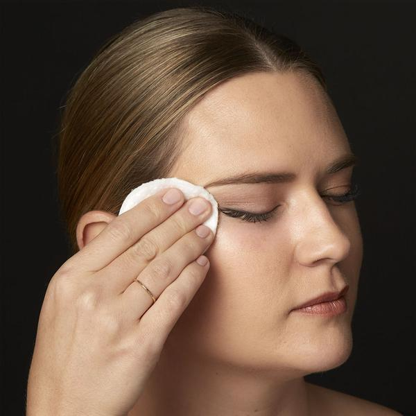 Wipe eye area clean and repeat as needed to fully remove dirt and makeup from lashes, brows, eyelids and lash line. No need to rinse. TIP: If using lash extensions, do not use with a cotton pad. Instead spray a few pumps directly onto closed eye, lightly massaging product along lashes, brows and lids, and gently wipe dry.