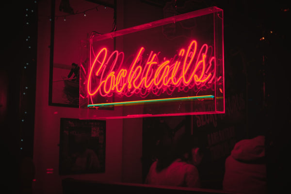 Red neon 'cocktails' sign