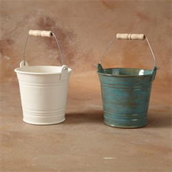 Bucket with Metal Handle