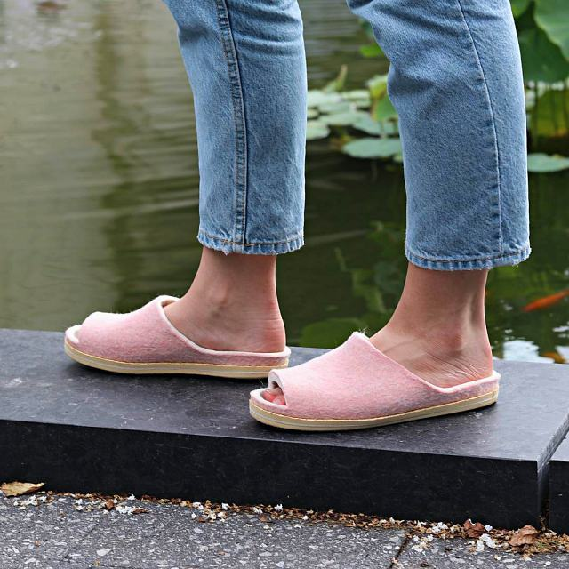 Rose Pink Wool Slipper Slide